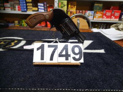 S&W mod 38 en calibre 38 spécial au prix de 225€