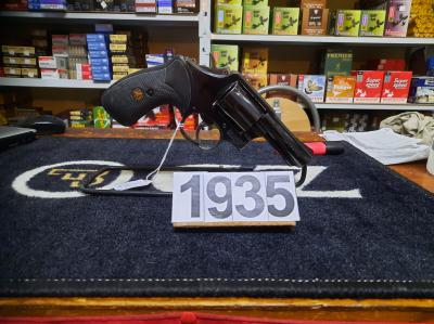 S&W mod 13 calibre 357 Mag avec holster cordura au prix de 295€