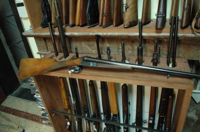 FUSIL FN JUXTAPOSE CAL 12/70 71CM 2 DETENTES CROSSE ANGLAISE TBE AU PRIX DE 550.00€