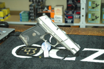 RUGER P89 DAO ONLY STAINLESS POIGNEE PACHMAYR CAL 9MM AU PRIX DE 399.00